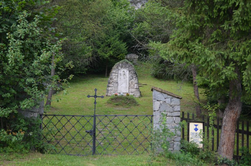Cmentarz w Niedzicy
